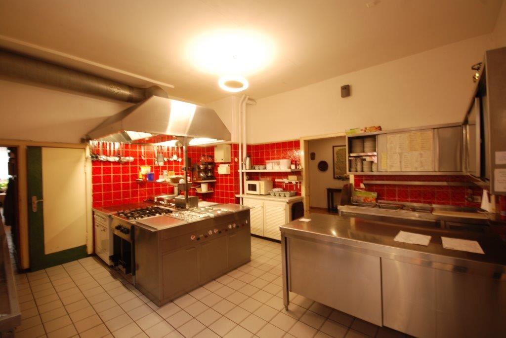 Küche   Kegelbahn   Speisesaal   Wohnung